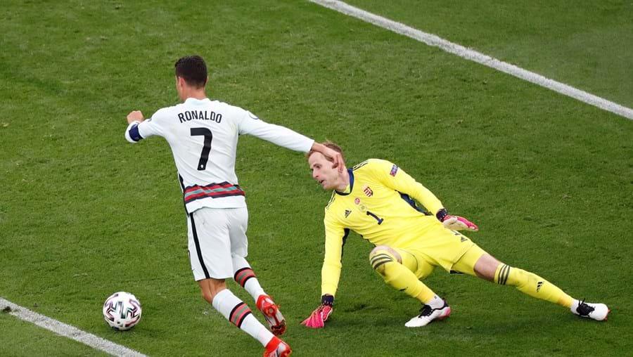 Ronaldo em ação frente à Hungria
