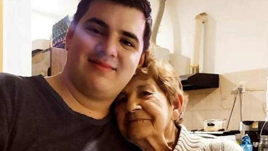 Avó e neto infetados com Covid-19 morrem com três dias de diferença