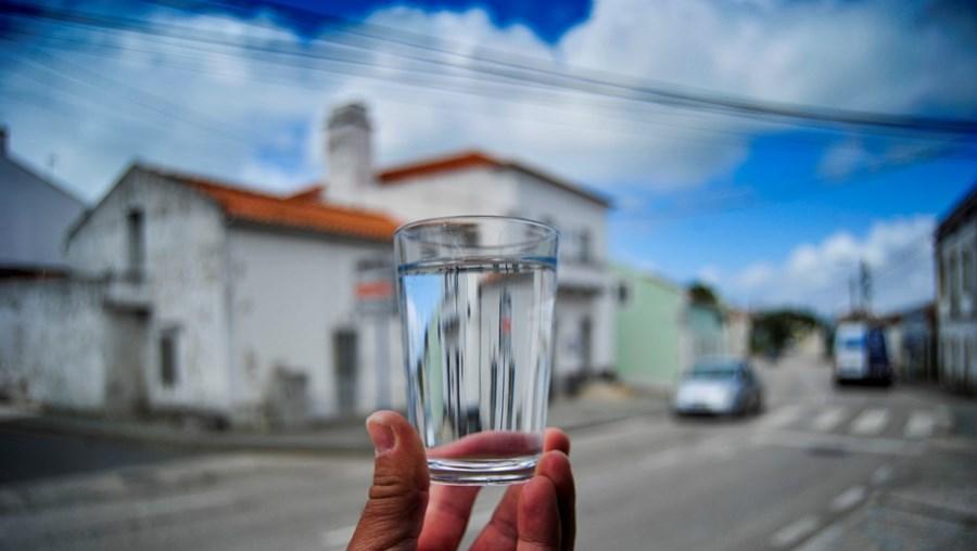 População da freguesia de Famalicão, concelho da Nazaré, alertada pela autarquia para não consumir água da torneia.