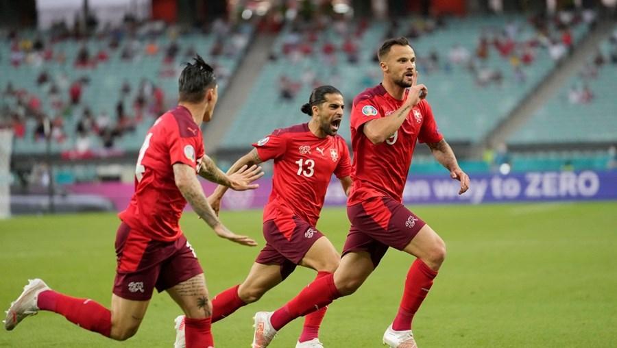 Seferovic esteve em bom plano frente aos turcos e ajudou a sua seleção a conseguir uma importante vitória