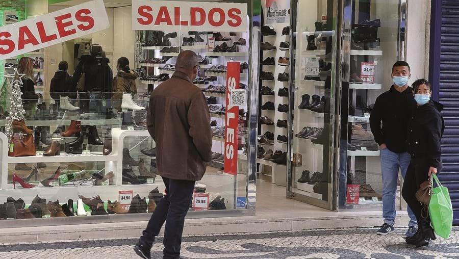Poder de compra das famílias portuguesas deteriorou-se no primeiro ano da pandemia de Covid-19