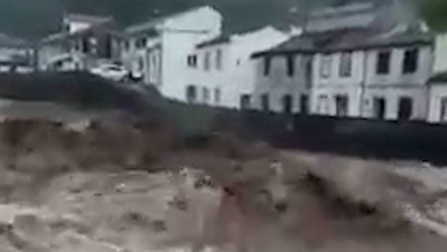 Enxurradas na Povoação de onde desapareceram duas pessoas nos Açores