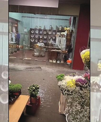 Mercado de Vila Real ficou inundado. Equipamento teve de fechar
