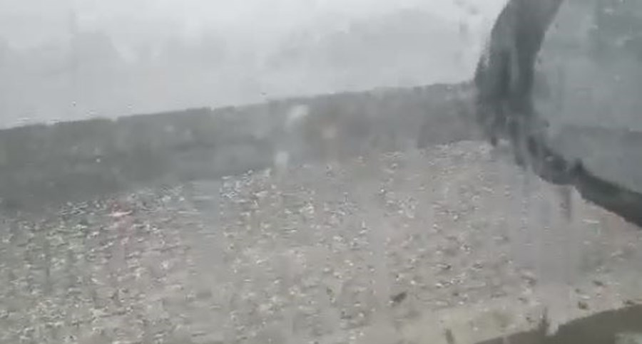 Chuva e granizo em Montalegre
