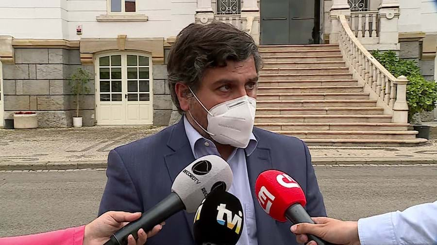Bernardino Soares , presidente da Câmara de Loures, disse não ter ficado surpreendido com operação e assegurou colaboração