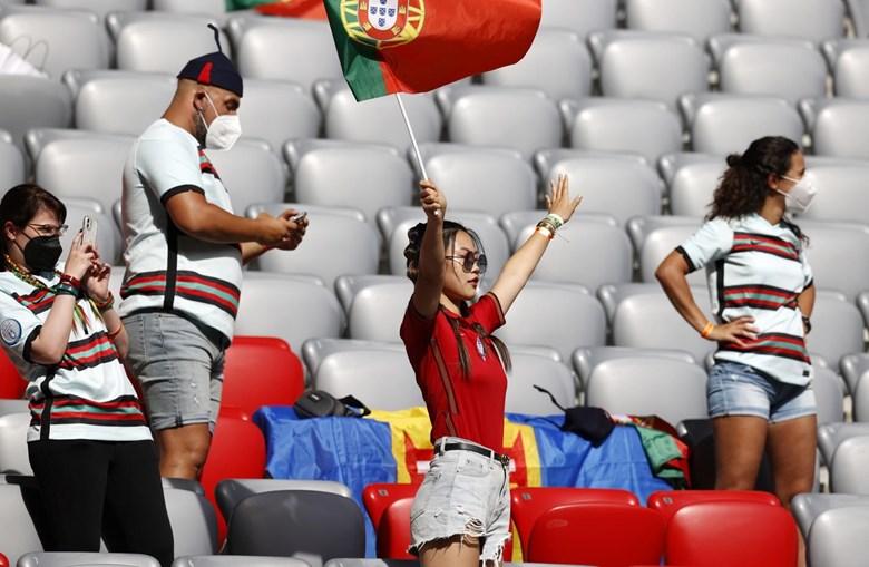 O 'calor' luso que se opõe à rigidez germânica na Allianz Arena
