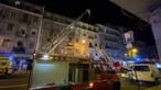 Dois mortos e 11 feridos, dois deles bombeiros, em incêndio num prédio em Lisboa