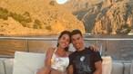 Cristiano Ronaldo e Georgina namoram a bordo de iate luxuoso