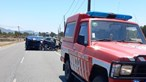 Cinco feridos em colisão frontal entre vários carros em Milfontes