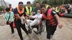 Mais de 30 mortos nas cheias da China. Multiplicam-se as críticas à ação das autoridades