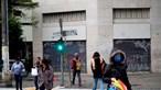Frio extremo obriga São Paulo a acolher sem-abrigo no Metro e a montar tendas de emergência nas ruas. Veja as imagens