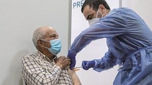 Cerca de 8,13 milhões de pessoas têm vacinação completa em Portugal
