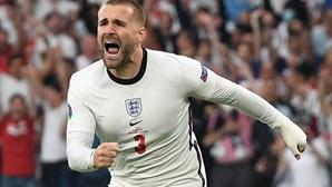 Inglês Luke Shaw marcou o golo mais rápido em finais de Europeus