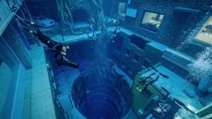 Piscina mais profunda do mundo tem 60 metros