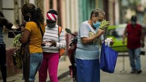 Suspensa taxa sobre comida e remédios de viajantes para Cuba
