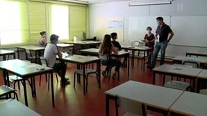 """Sindicato diz que """"falta"""" de professores """"vai piorar"""" nos Açores"""