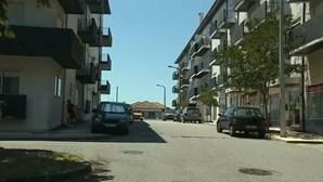 Bebé ferido com gravidade ao cair de segundo andar de prédio em Albergaria-a-Velha