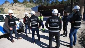 PSP fecha duas oficinas de pirotecnia em Aveiro e Braga