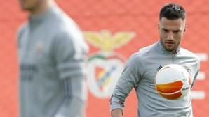 Samaris apresentou-se para treinar com a equipa B do Benfica