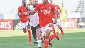 Benfica abdica de João Mário para a Liga