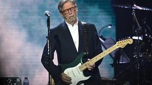 Eric Clapton rejeita tocar em eventos onde seja obrigatório passaporte de vacinação
