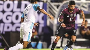 Jesús Corona mais longe do FC Porto
