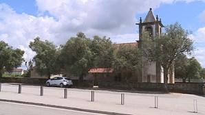 Pai acusa padre de bater no filho de 13 anos por não saber oração