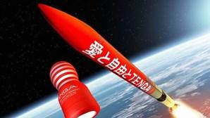 Depois de Branson e Bezos é a vez de um brinquedo sexual: Empresa envia masturbador para o espaço em foguetão