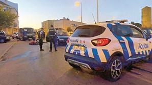 Baleado no Seixal levado ao hospital por homem que acabou detido