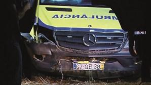 Agride bombeiros, rouba ambulância e acaba socorrido após despiste em Évora