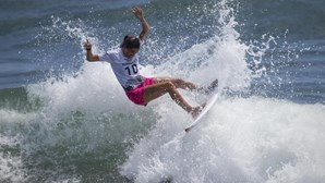 Dupla portuguesa de surfistas nos oitavos de final dos Jogos Olímpicos de Tóquio 2020