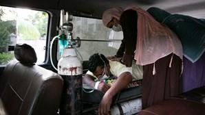 África regista mais de 8 milhões de casos de Covid-19 e 207 170 mortes desde o início da pandemia