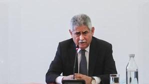 Juiz Carlos Alexandre mantém Vieira na prisão por duvidar das ações do Benfica