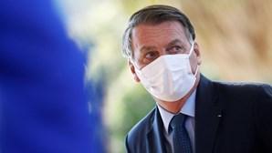 Bolsonaro recebe em brasília extremista alemã de direita neta de ministro de Hitler
