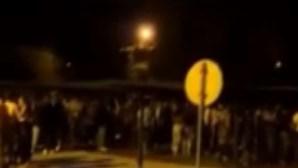 GNR dispersa grupos de jovens junto à praia entre Quarteira e Vilamoura