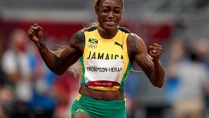 'Supersónica' Elaine Thompson brilhou no estádio olímpico e revalidou título dos 100 metros
