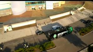 Autocarro com equipa do Sporting também já está no palco da Supertaça