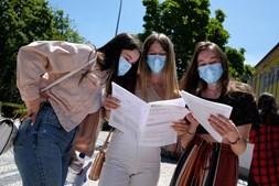 Mais de 34 mil estudantes em todo o País realizaram ontem o exame nacional de Português. Em Viseu, o sentimento geral após a prova era de que a mesma tinha sido relativamente fácil
