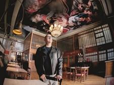 Mário Carvalho tentou transformar a discoteca Lusitano, na Baixa do Porto, em restaurante, mas as sucessivas vagas da Covid-19 prejudicaram a abertura