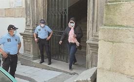 Daniella Neto à saída do tribunal durante o seu julgamento, no Porto