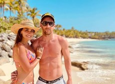 Mulher de Messi arrasa nas férias ao lado do jogador