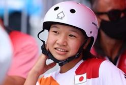 Japonesa de 13 anos arrebata o ouro