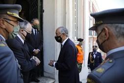 Dezenas nas cerimónias fúnebres de Otelo Saraiva de Carvalho
