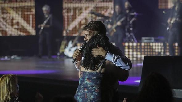 Tony Carreira encontra paz na música