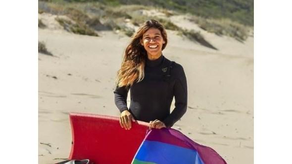 Tetracampeã mundial de bodyboard assume homossexualidade, caso raro em Portugal