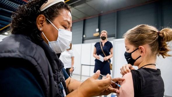 Tudo o que se sabe sobre a vacinação Covid-19 de crianças e jovens entre 12 e 17 anos em Portugal