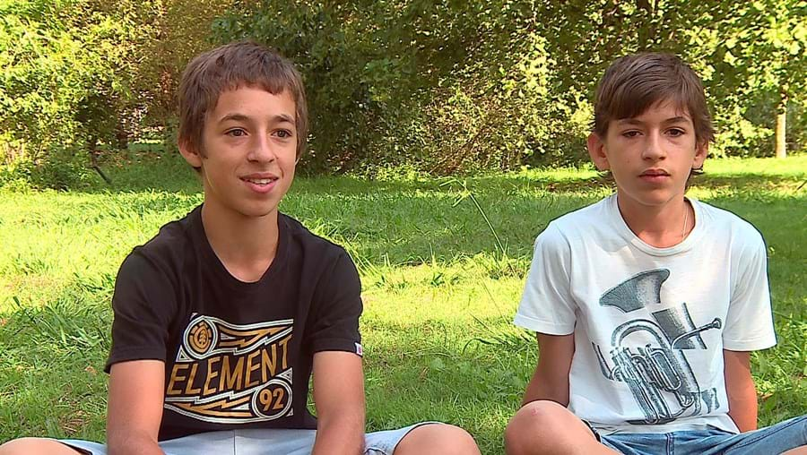 Tiago e Rafael Guimarães frequentam o 7º e o 9º ano. Vão ficar retidos por excederem o limite de faltas nas aulas de Cidadania