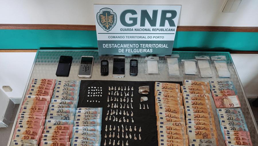 Uma mulher e dois homens detidos por tráfico de droga em Felgueiras