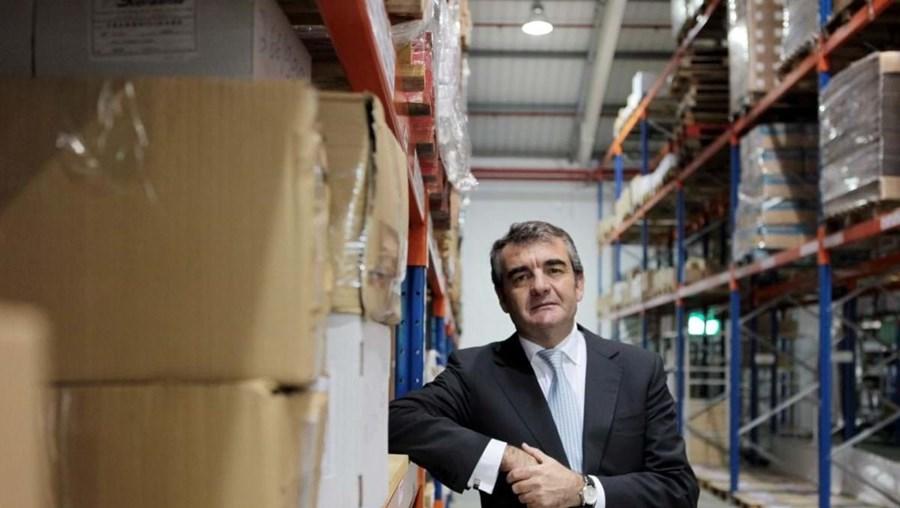Alfredo Casimiro é acionista
