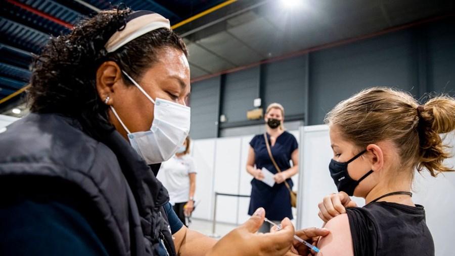 Vacinação Covid-19 de crianças nos Países Baixos